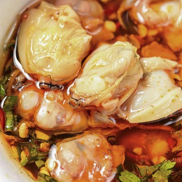 一天能卖1000斤,双拼小龙虾,泰国冬阴功,10多种口味,轮着涮