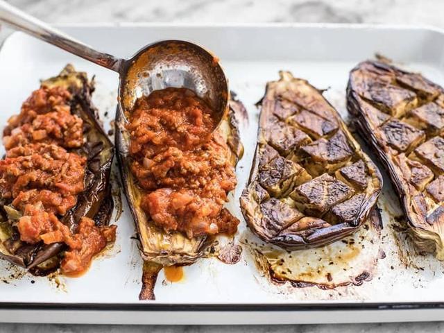 好味不等待,烤茄子用肉调味汁,早餐也可以吃的很放肆