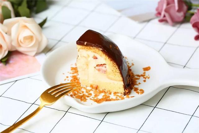 上新啦,吃桃子的季节,半球形萌萌哒桃子私房蛋糕送给你