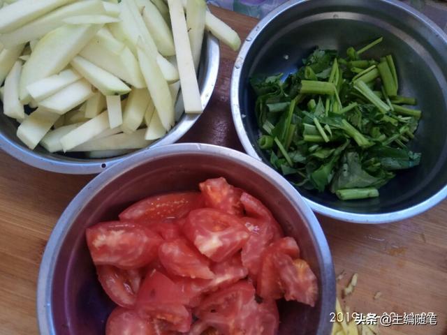 鸡蛋炒番茄不是水拔面条的专利,试试这三样食材无须精湛厨艺